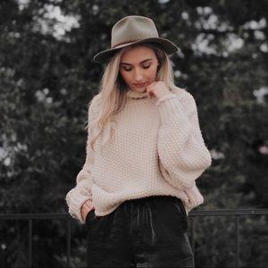 H&M beige cream knit turtleneck sweater